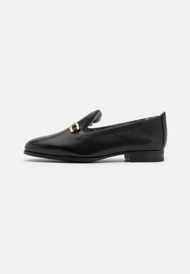 DOLFI - Loaferit/pistokkaat - black