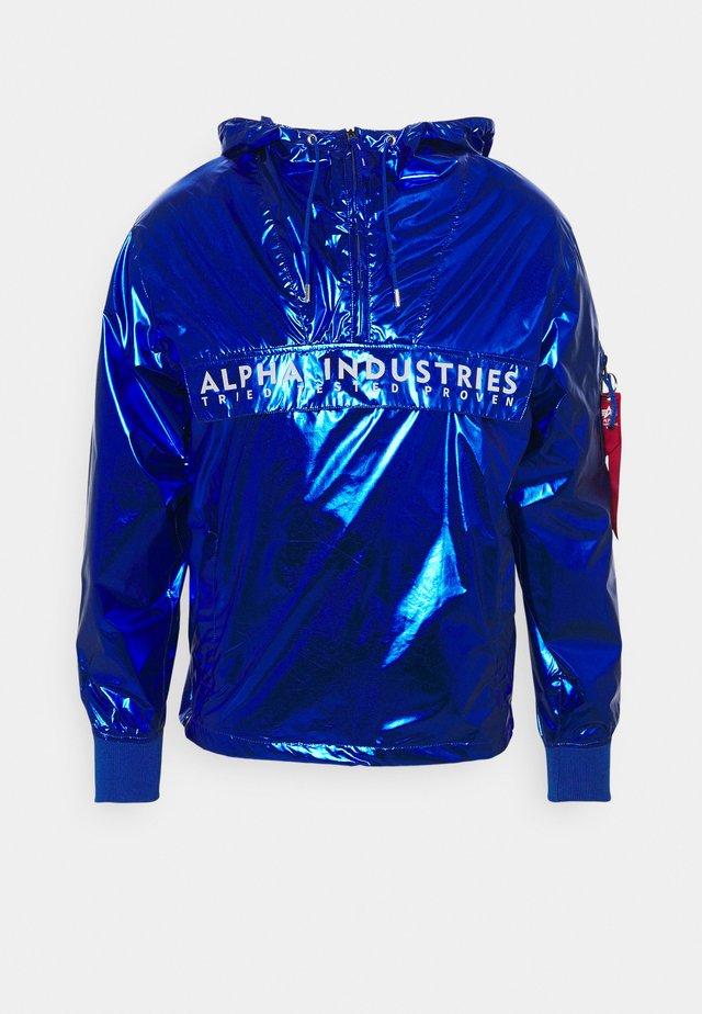 GLOSSY ANORAK - Summer jacket - nasa blue