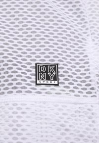 DKNY - HONEYCOMB CREW NECKLONG SLEEVE PULL OVER - T-shirt à manches longues - white - 5