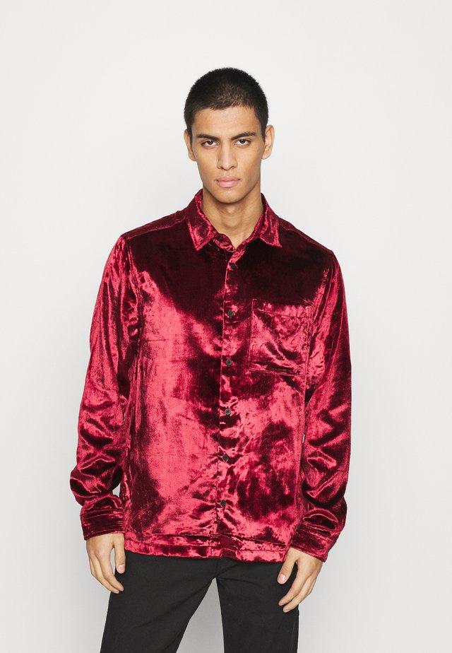 OXBLOOD - Formal shirt - red