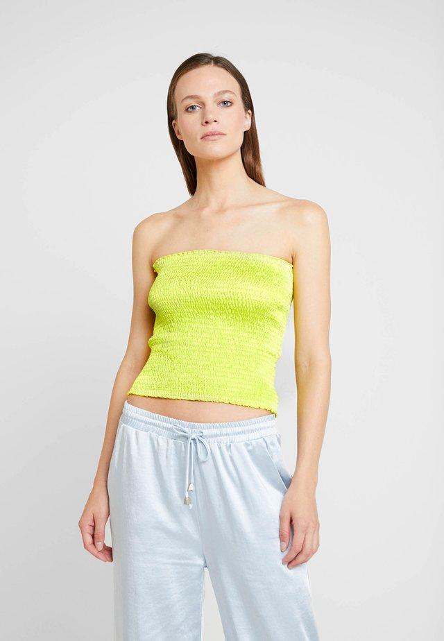 PETREA - Top - neon yellow