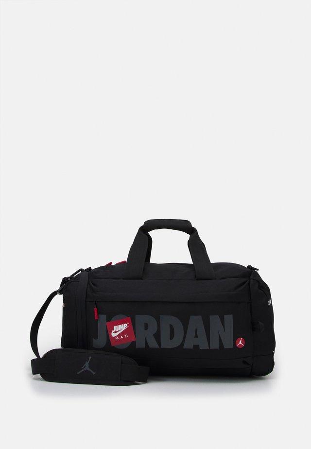 JUMPMAN CLASSICS DUFFLE BAG - Sportovní taška - black