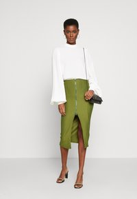 Missguided Tall - ZIP MIDI SKIRT - Blyantnederdel / pencil skirts - khaki - 1