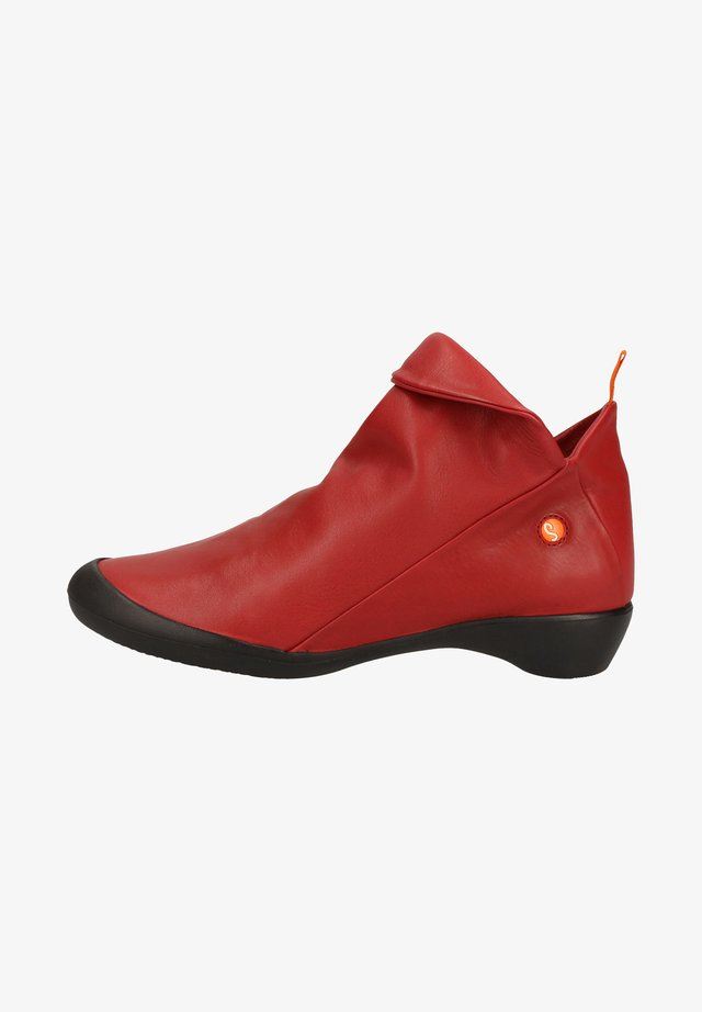 Ankle boot - red 558