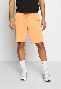 Nike Sportswear - CLUB - Shorts - orange trance/white - 0