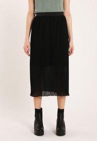 Pimkie - Pleated skirt - schwarz - 0