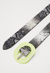Vanzetti - Belt - white - 2