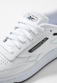 Reebok Classic - CLUB C REVENGE - Trainers - white/black/silver metallic - 5