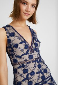 Love Triangle - BLOSSOM DRESS - Cocktail dress / Party dress - navy - 4