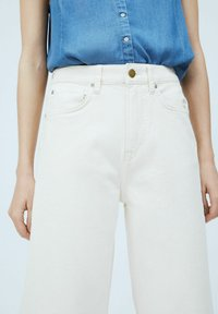 Pepe Jeans - LEXA SKY HIGH - Flared Jeans - denim - 3