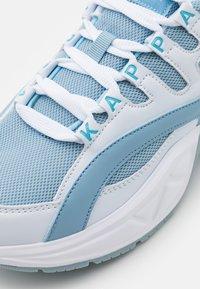 Kappa - OVERTON NC - Sportovní boty - white/ice - 3