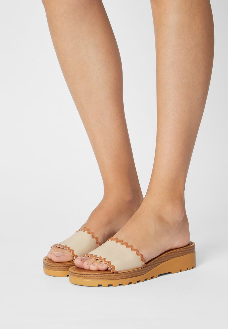 See by Chloé - ROBIN - Mules - natural