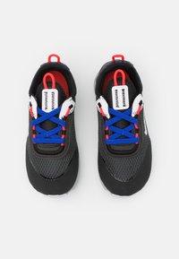 Nike Sportswear - RT LIVE UNISEX - Zapatillas - grey fog/game royal/platinum tint/iron grey - 3