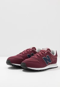 New Balance - GM500 - Matalavartiset tennarit - red - 2