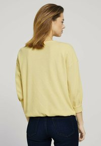 TOM TAILOR DENIM - Long sleeved top - soft yellow - 2