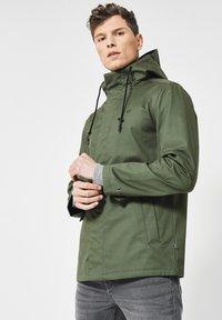 America Today - JERMAINE  - Light jacket - leaf - 0