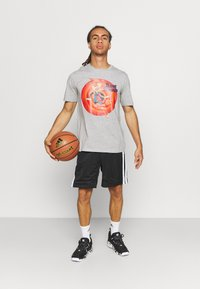 Outerstuff - NBA LOLA BUNNY SPACE JAM 2 TUNE SQUAD NAME & NUMBER TEE  LOL - Club wear - grey - 1