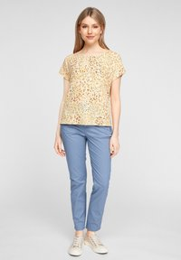 s.Oliver - Print T-shirt - yellow aop - 1