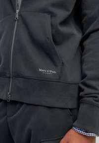 Marc O'Polo - Zip-up sweatshirt - phantom fear - 3