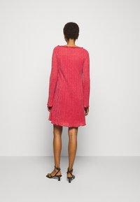 M Missoni - ABITO - Pletené šaty - red - 2