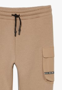 River Island - BLOCKED - Joggebukse - stone light - 2