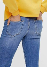 Pieces - Straight leg jeans - medium blue denim - 4