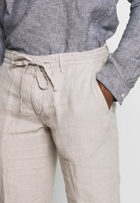 Marc O'Polo - Trousers - pure cashmere - 4