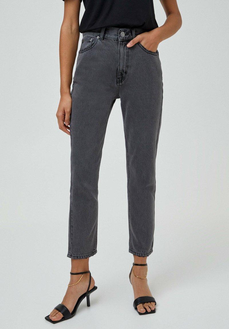 PULL&BEAR - MOM - Relaxed fit -farkut - dark grey