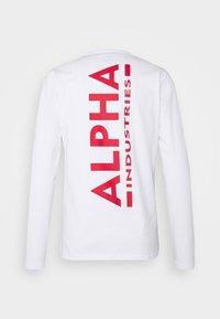 Alpha Industries - BACK PRINT HEAVY - Pitkähihainen paita - white/red - 1