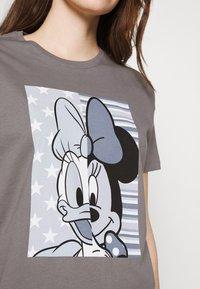 ONLY - ONLDISNE LIFE SPLIT - Camiseta estampada - steel gray - 3