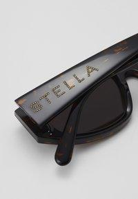 Stella McCartney - Sluneční brýle - havana/brown - 4