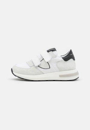 UNISEX - Sneakers - white