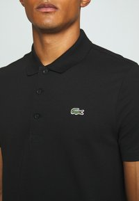 Lacoste Sport - CLASSIC KURZARM - Poloshirt - black - 4