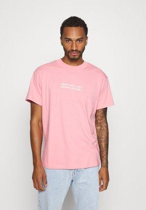KISS - T-shirt z nadrukiem - pink