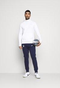 Nike Performance - FRANKREICH FFF HOOD - Sweatshirt - white - 1