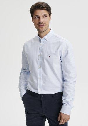 ANTON - Zakelijk overhemd - light blue stripe