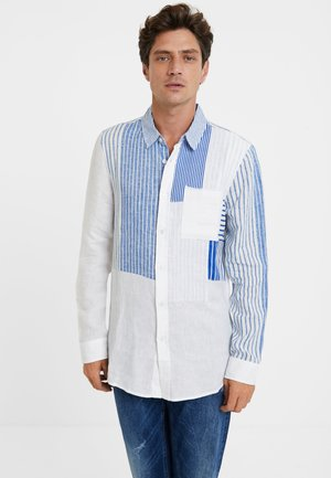 CAM_ALEJO - Shirt - white