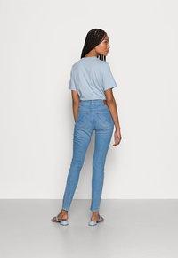 Wrangler - HIGH RISE SKINNY - Jeans Skinny Fit - soft heart - 2