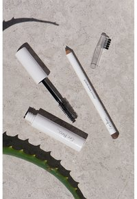 Ere Perez - ALMOND OIL EYEBROW PENCIL - Eyebrow pencil - perfect - 3