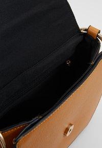 Dorothy Perkins - RING SADDLE - Across body bag - ochre - 4