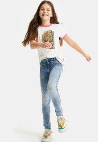 WE Fashion - T-shirts print - white - 0