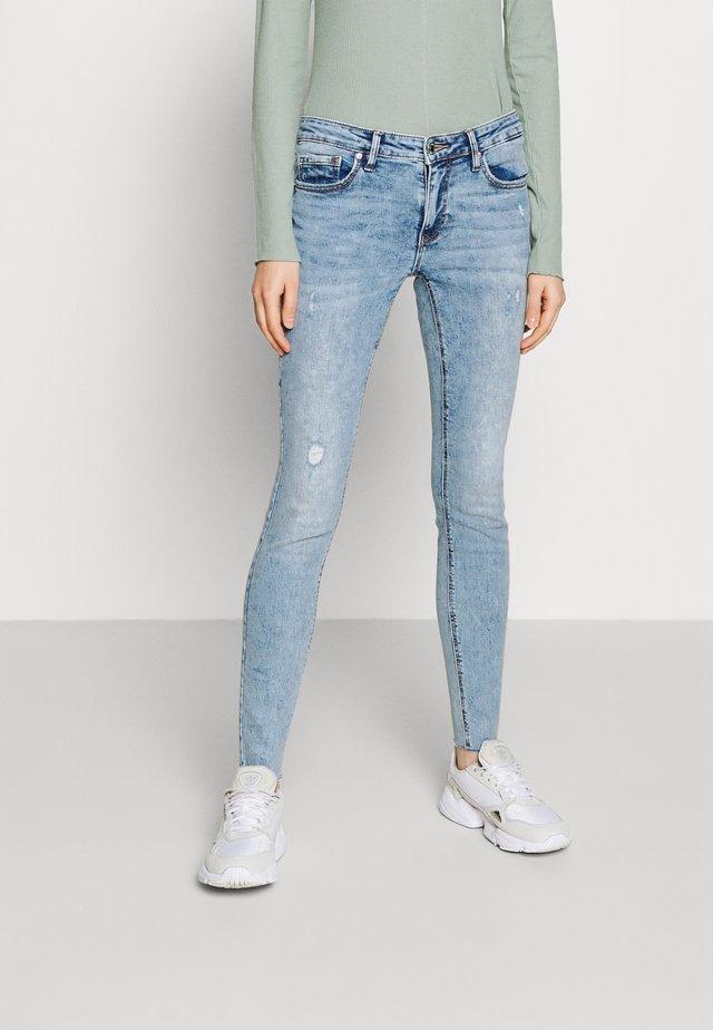 VMLYDIA RAW - Skinny džíny - light blue denim