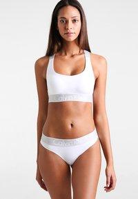 Calvin Klein Underwear - Biustonosz bustier - white - 1