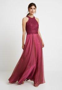 Luxuar Fashion - Společenské šaty - himbeer - 0