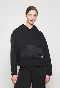 adidas Originals - BOXY HOODIE - Sweatshirts - black - 0