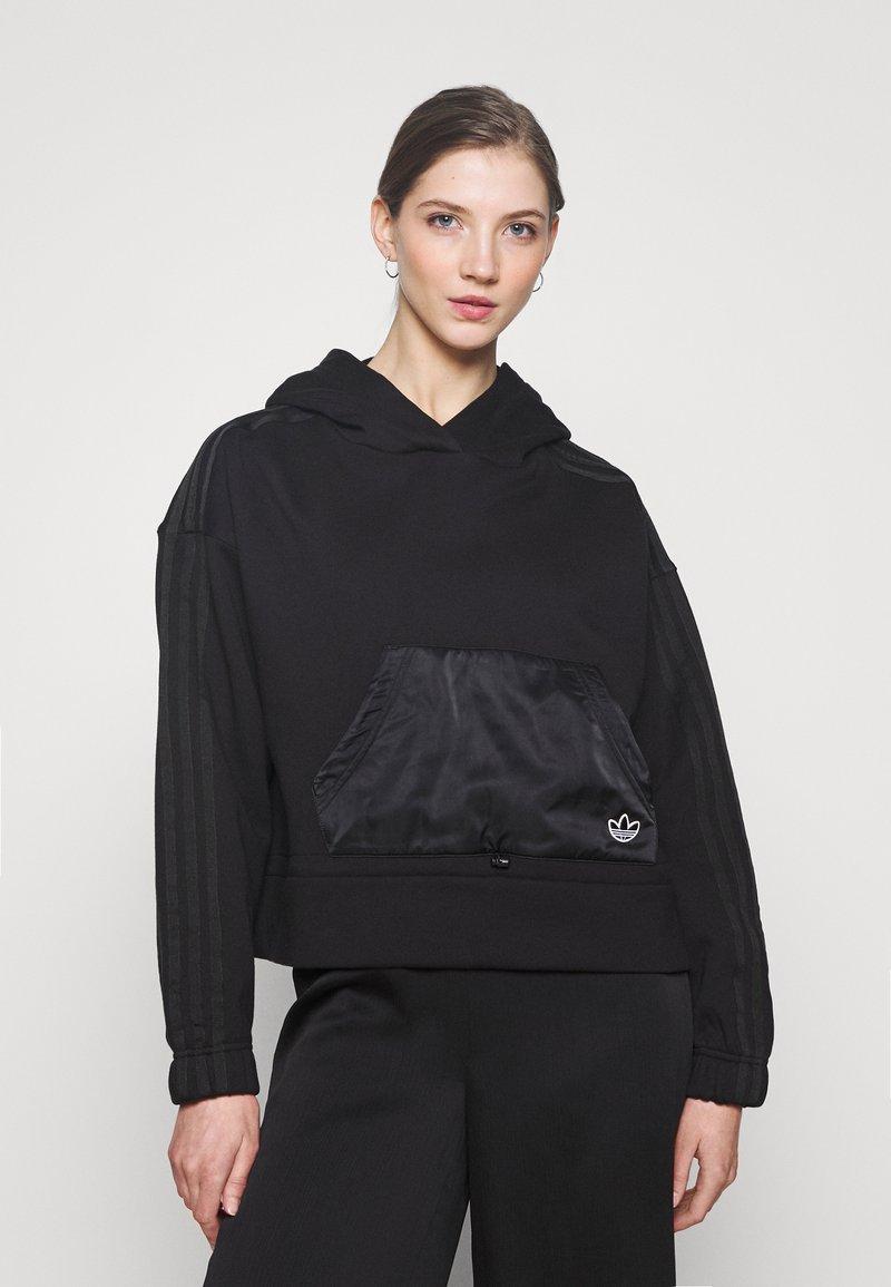 adidas Originals - BOXY HOODIE - Sweatshirts - black