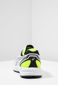 ASICS - GEL-BRAID - Neutral running shoes - real white/silver - 3