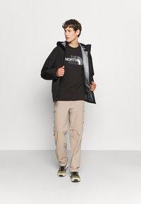 The North Face - DRYZZLE FUTURELIGHT JACKET - Hardshell jacket - black - 4