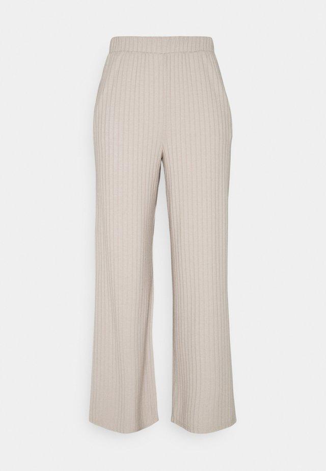 JDYALETTE WIDE LOUNGE PANT - Spodnie materiałowe - chateau gray