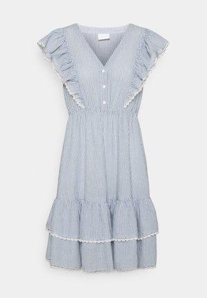 VIMALIA FLOUNCE DRESS - Sukienka letnia - snow white/colony/navy